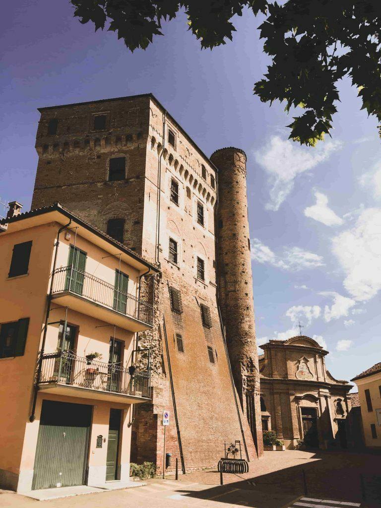 Una gita tra i meravigliosi castelli delle Langhe