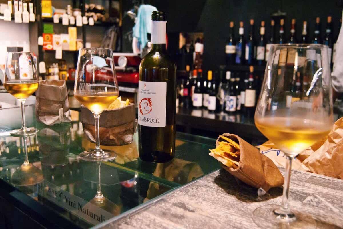 ManinVino: dove fare aperitivo a Genova con gusto