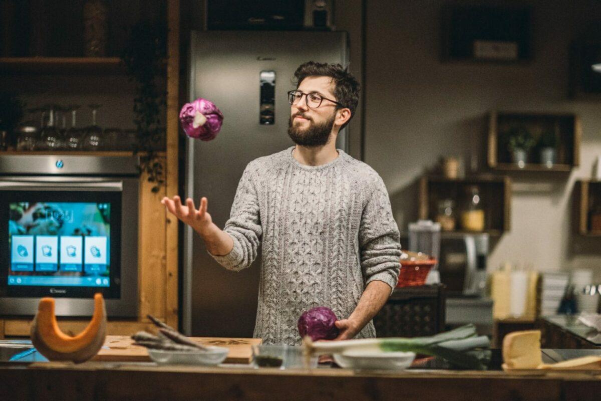 """Quando il cibo diventa """"fashionable"""": Vellutata di cavolo e carote viola"""