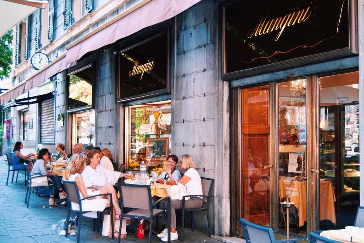 Un caffè elegante da Mangini a Genova
