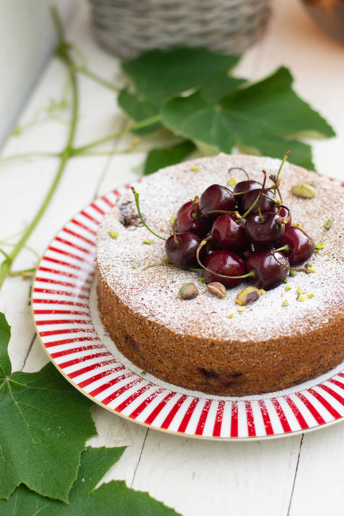 ricetta-torta-ciliegie-pistacchi