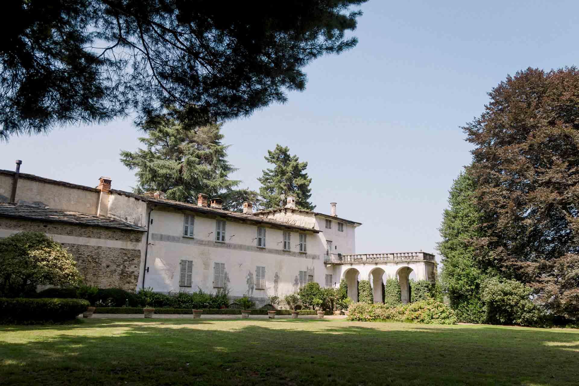 Il Castello di Bagnolo: storia,  benessere e leggenda a 60 km da Torino