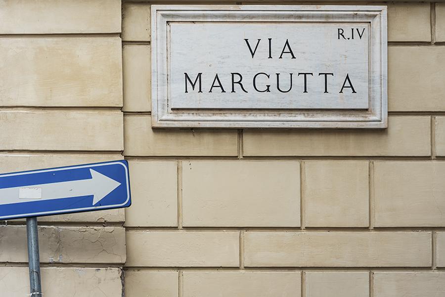 via Margutta Roma centro via degli artisti Diego Funaro