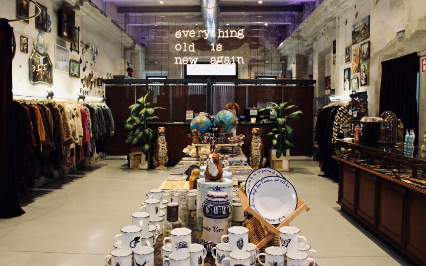 East Market Shop a Milano