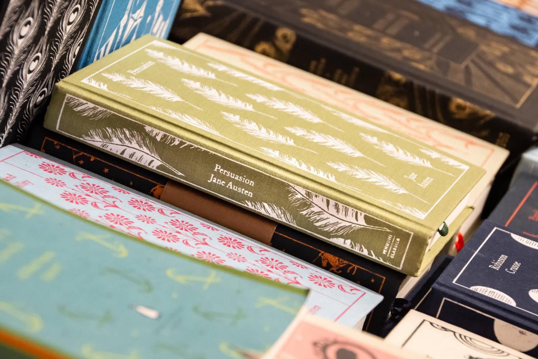 Otherwise, libri in lingua e pagine dal mondo a Roma