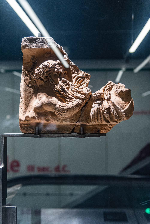 """Frammento rinvenuto ed esposto nella metro C """"San Giovanni"""" a Roma"""