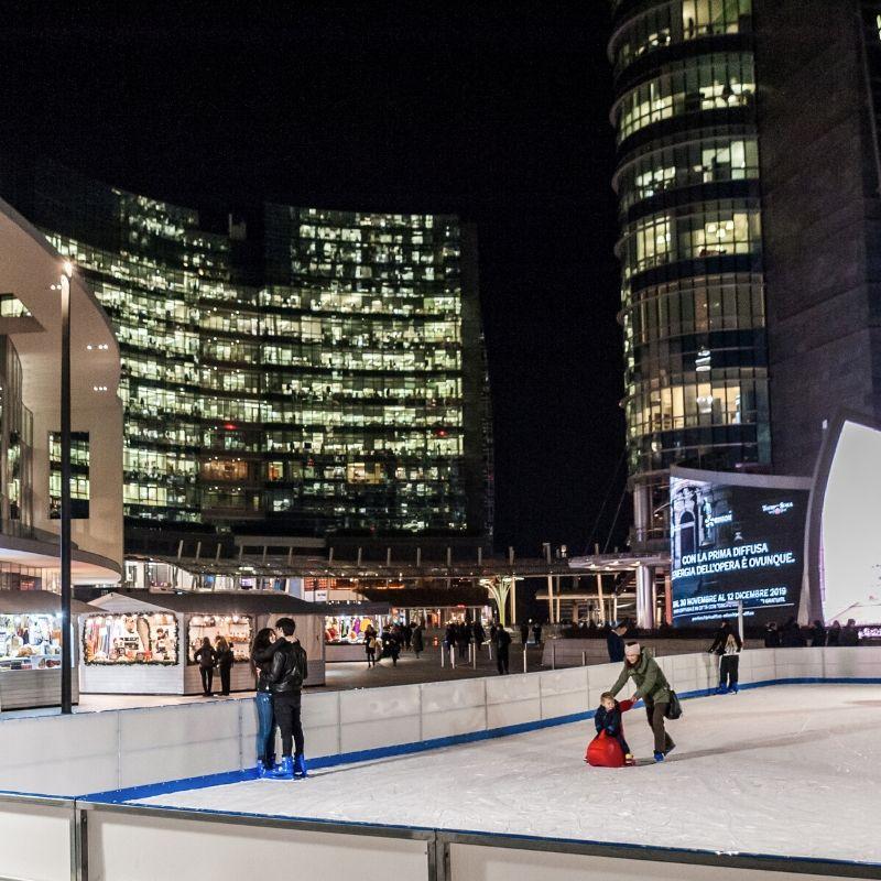 Piste di pattinaggio su ghiaccio all'aperto: le sei migliori dell'inverno