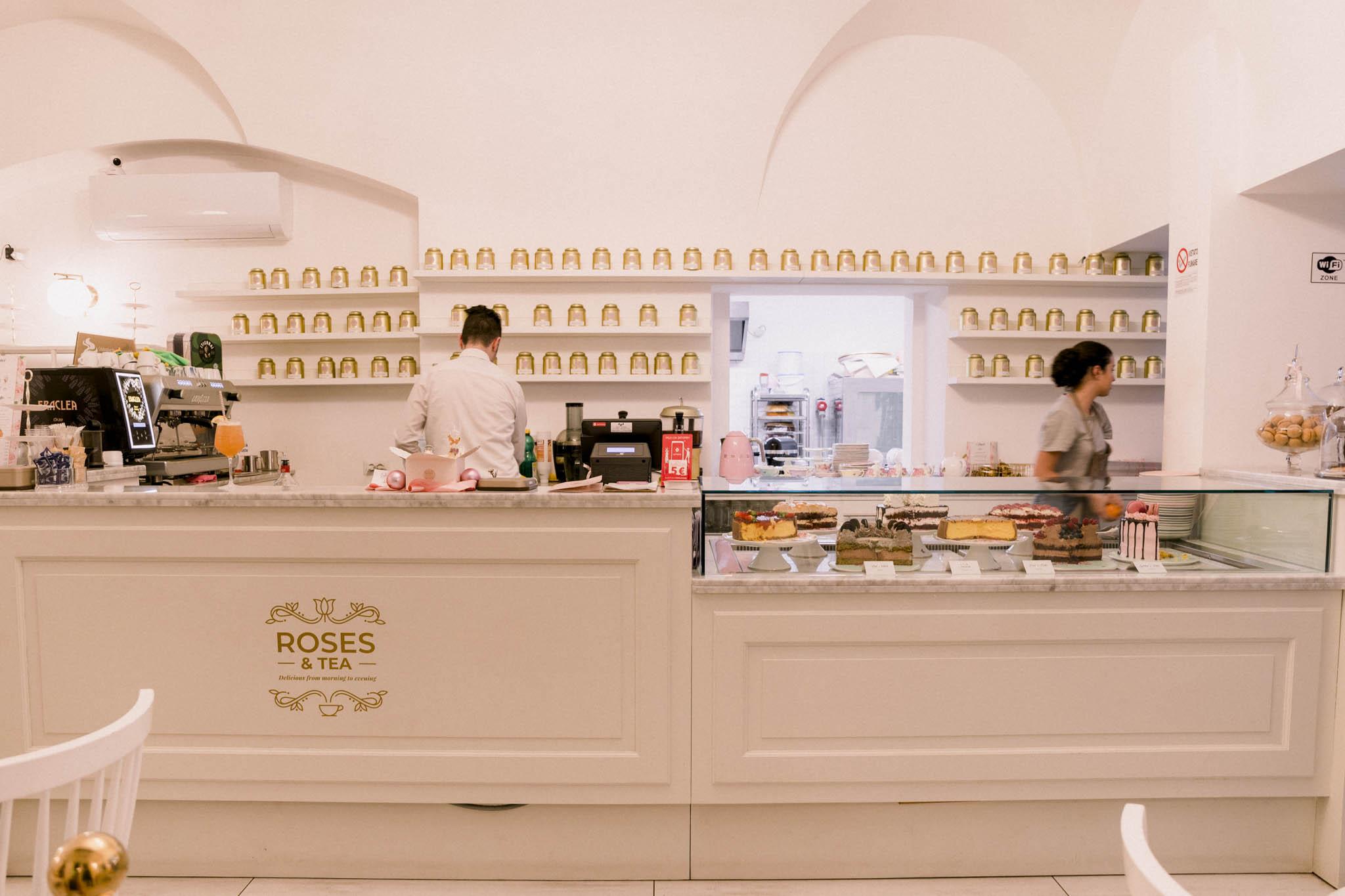 roses-and-tea-torino
