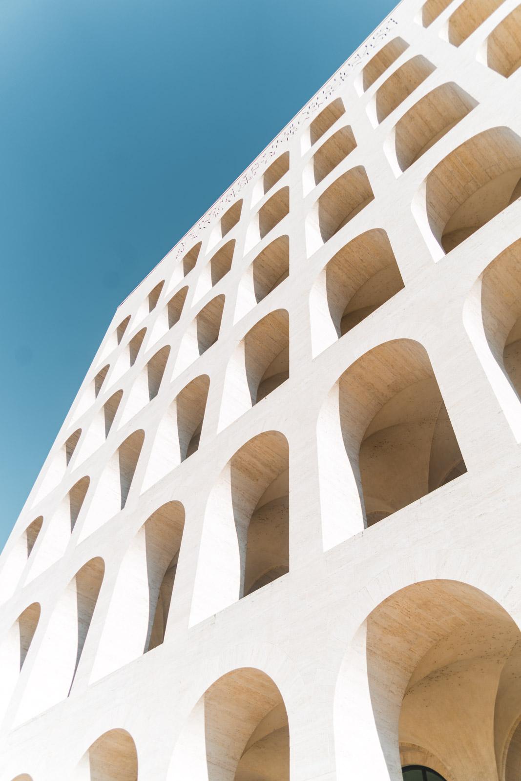 Il fratello minore del Colosseo: il Palazzo della Civiltà Italiana