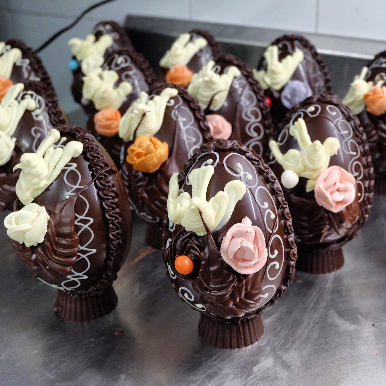 #iorestoacasa | Uova di cioccolato, Colombe e dolcetti Pasquali direttamente a casa vostra