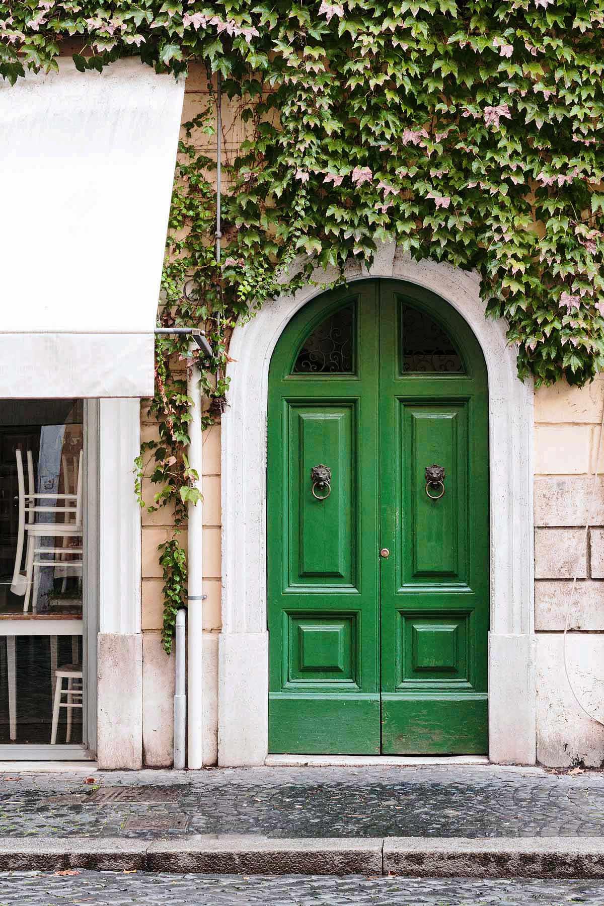 Borgo Pio, porta verde