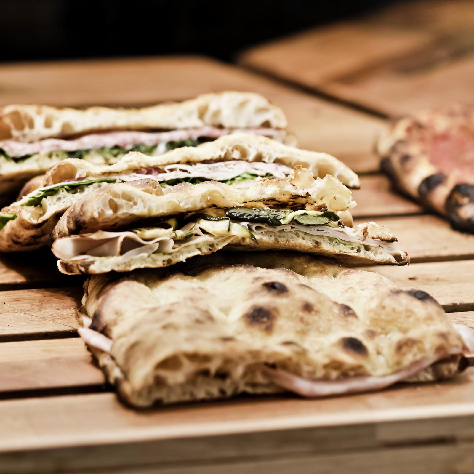 CasaManco: pizza gourmet tra mani di famiglia