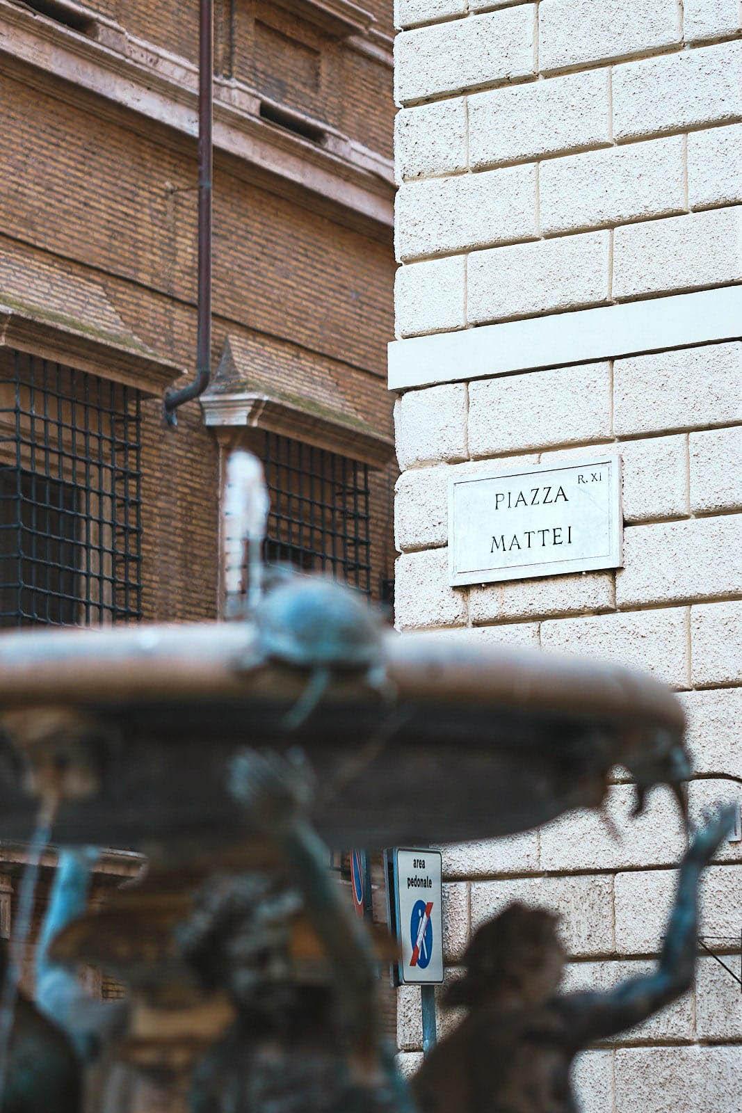 Fontana delle Tartarughe, Piazza Mattei, Roma