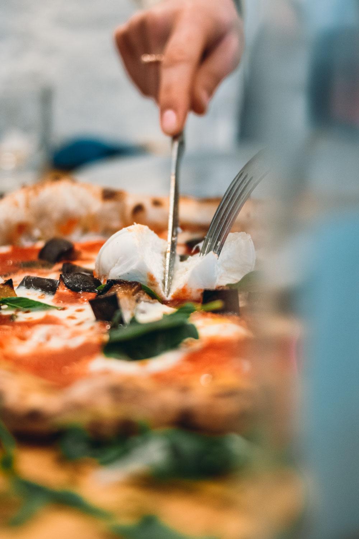 """Pizzeche e vase la pizza che non fa """"purtusi"""""""