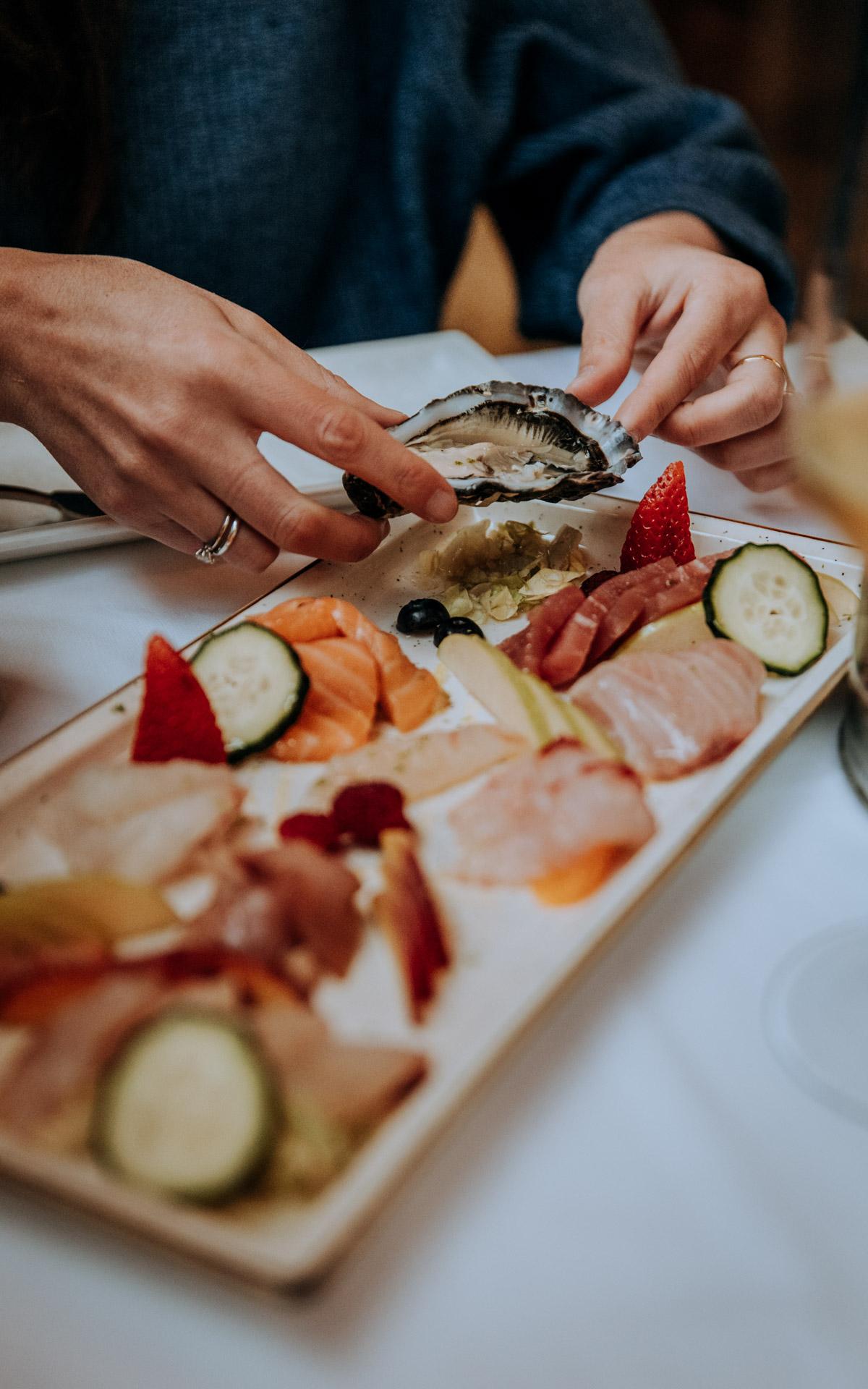 Tuna food & wine