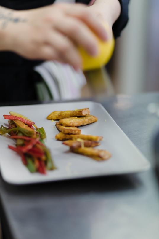 Il Cardo e l'Ortica: cucina vegetale consapevole