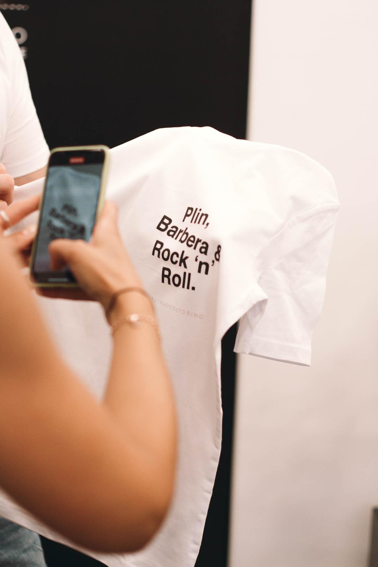toro-e-moro-personalizzazione-t-shirt-torino